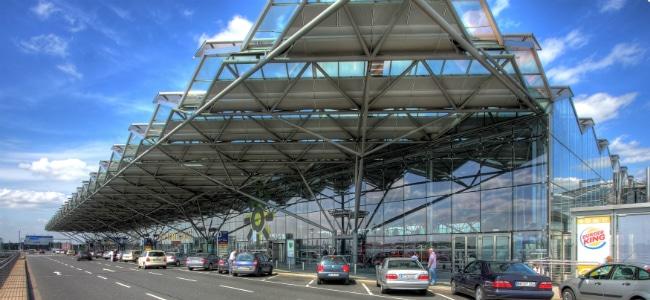 Aeroporto Germania : Aeroporto di colonia arrivi partenze e come arrivare