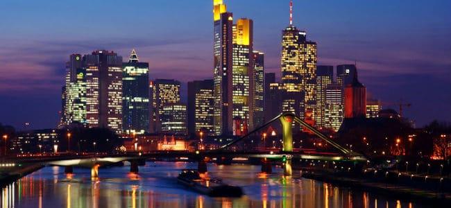 Francoforte germania for Citta tedesca nota per le fabbriche di auto